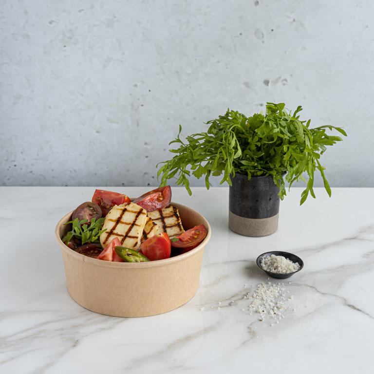 סלט עגבניות וג'יבנה